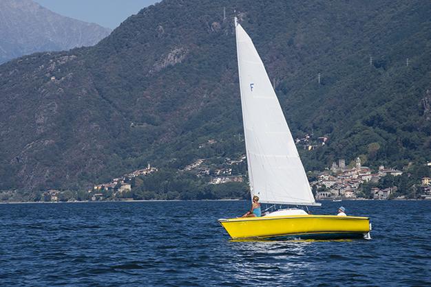 sailing Lake Como