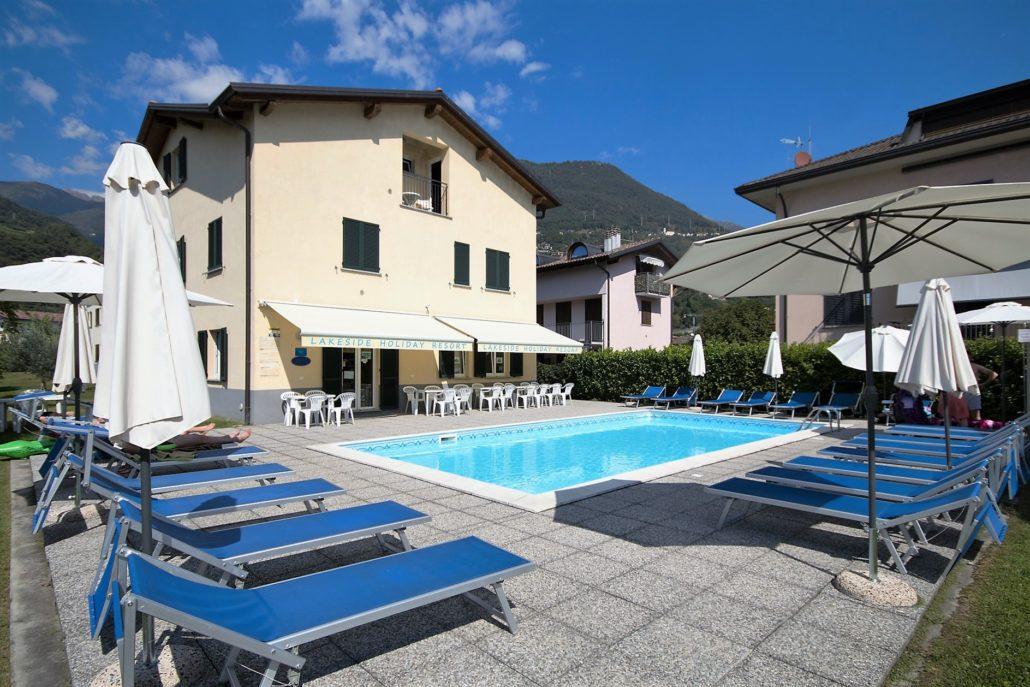 % Lakeside Holiday Resort swimming pool1 Leistungen