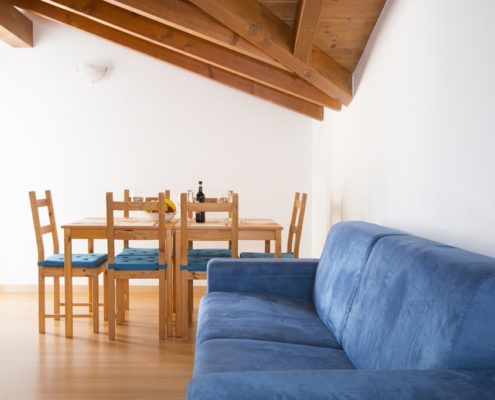 % livingroom attic9. Appartements