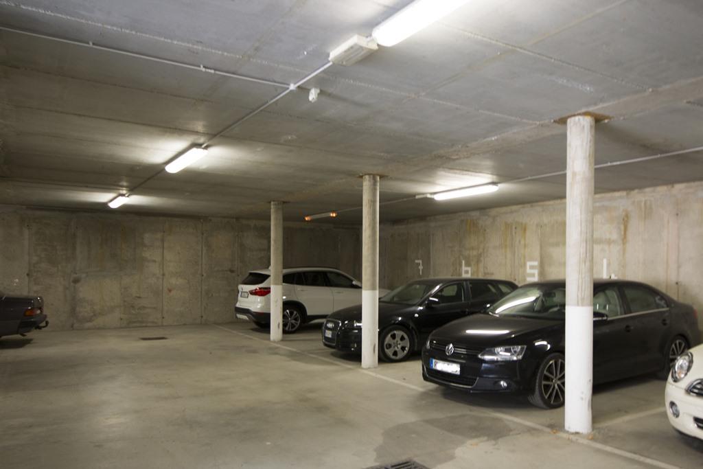 % garage Service